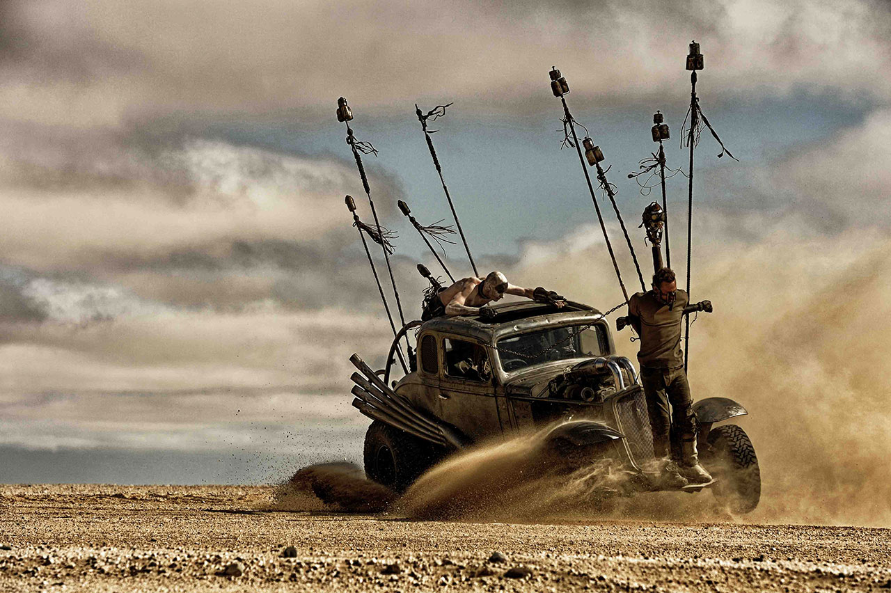 http://wwws.warnerbros.co.jp/madmaxfuryroad/images/gallery-8.jpg