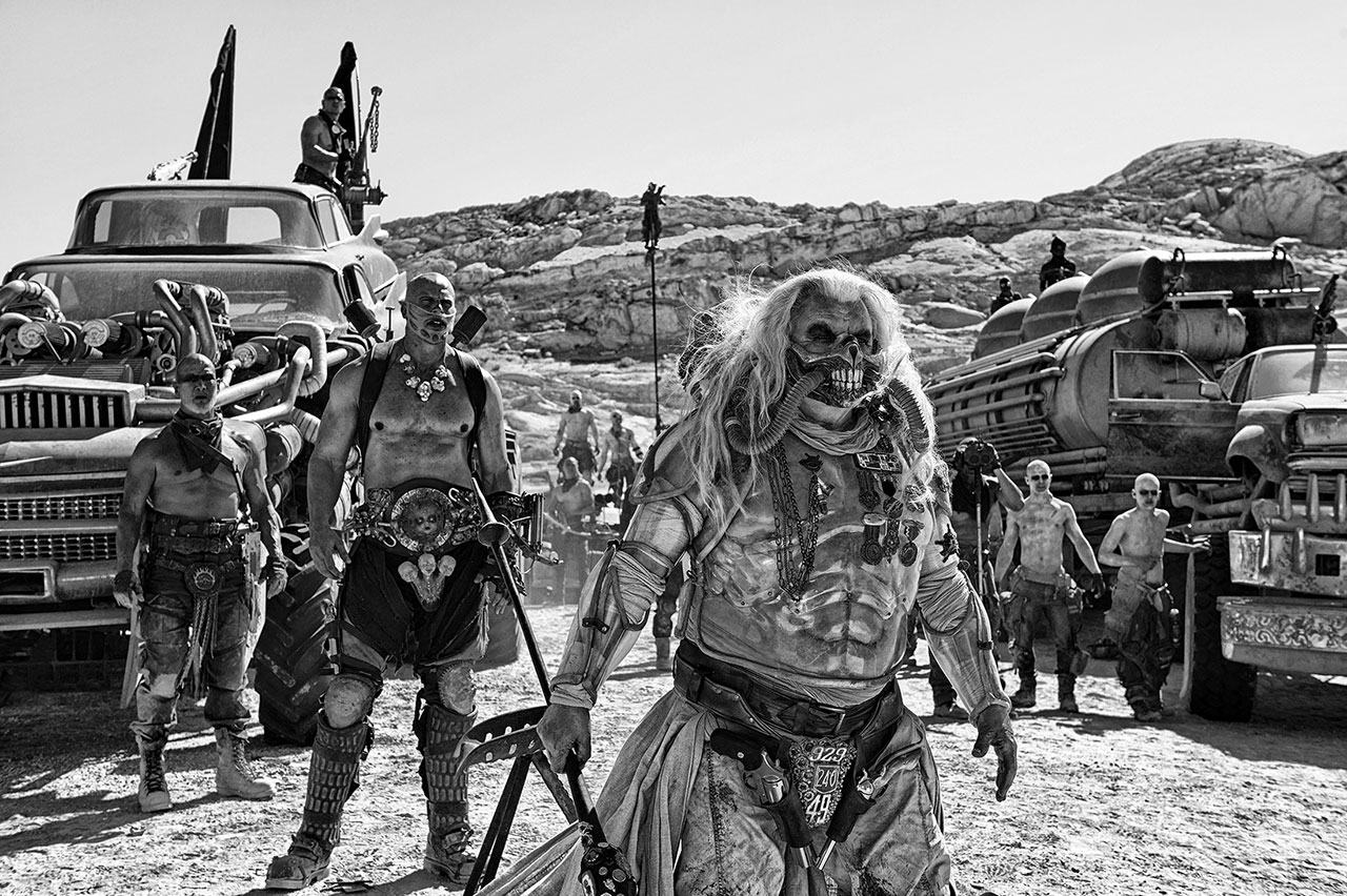 http://wwws.warnerbros.co.jp/madmaxfuryroad/images/gallery-9.jpg